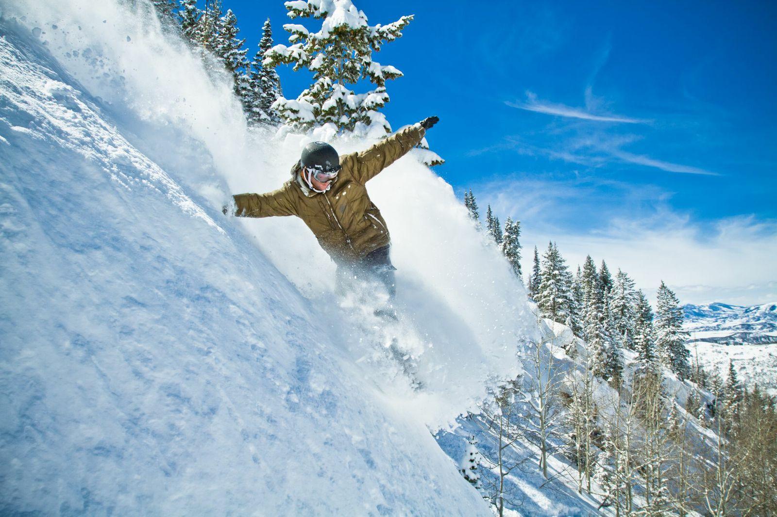 Chad Fleischer Powder Snowboarding